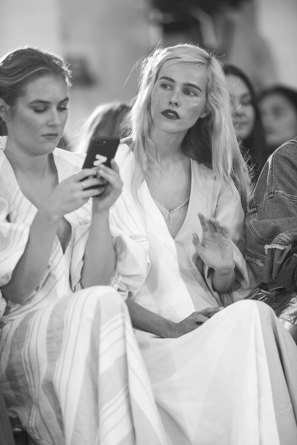 Isabel Lucas | Front Row