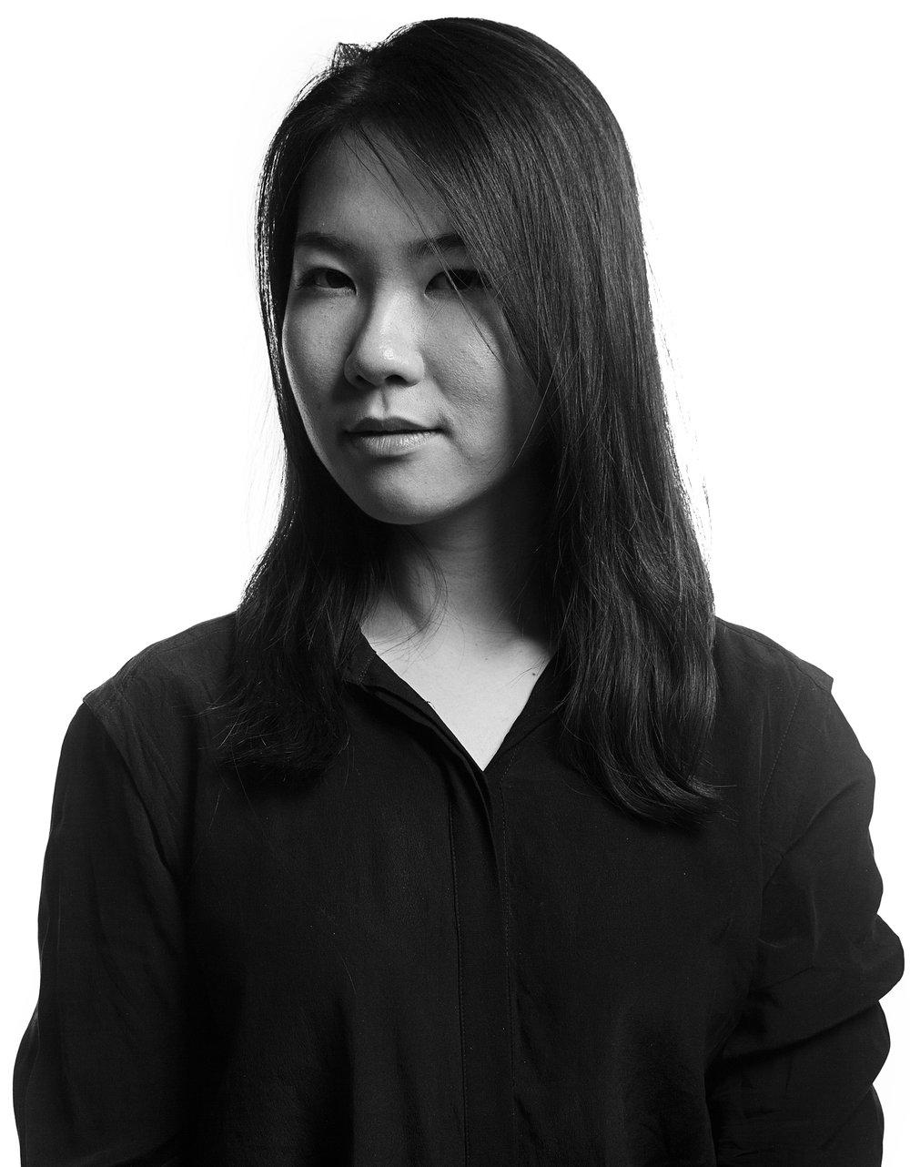 ACCD_Enviro_435-grads-in-studio-portraits-corporate.jpg