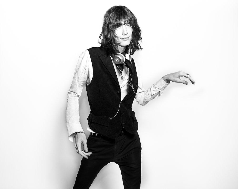 Kat-Kaye-Justin-Gossman-mick-jagger-black-white-fashion-costume-national.jpg