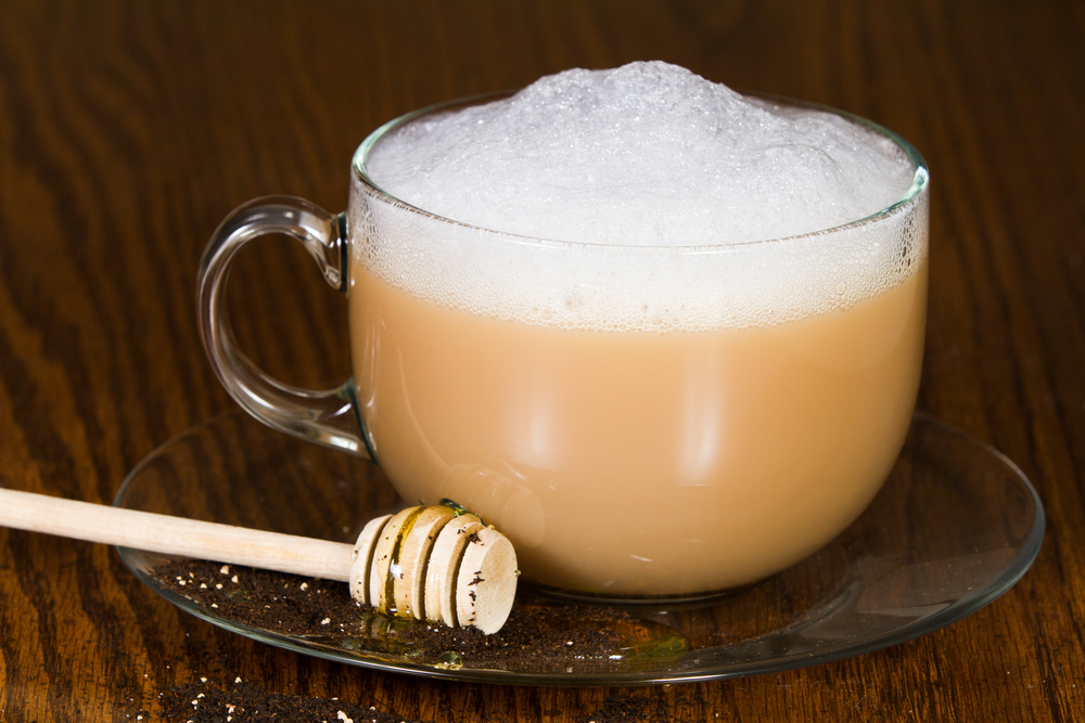 London Fog Tea Latte made with Cafe' Luxe stainless steel made with Cafe' Luxe best milk frother and foam maker