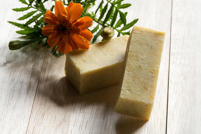 カレンデュラ&ハチミツ石鹸