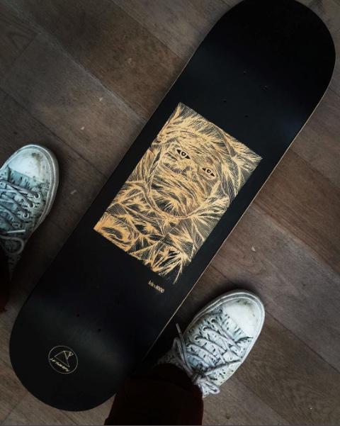 skateboard lelex1000.jpg