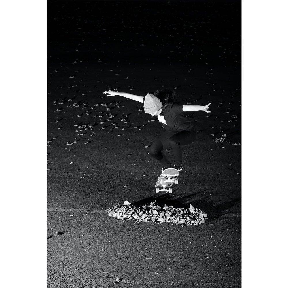 Corinne Seguin skateboarding