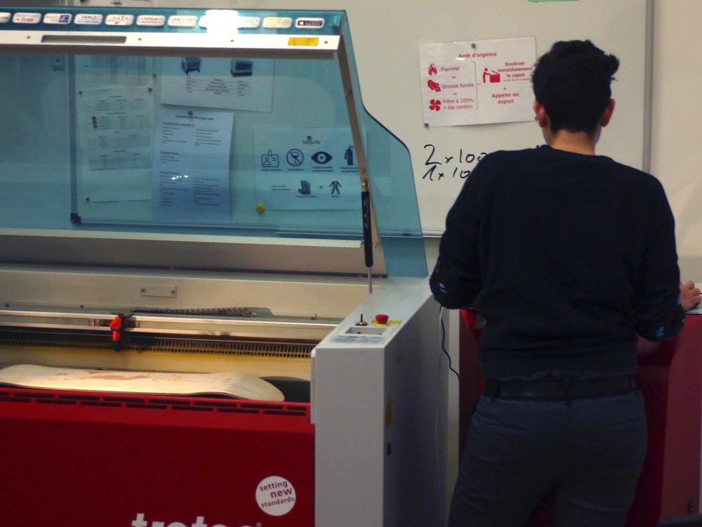 Oriane programmant le laser