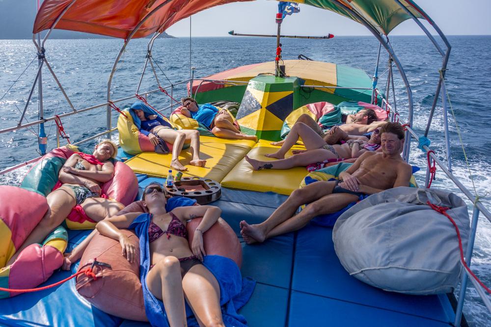 Pre-lunch snooze, Koh Surin