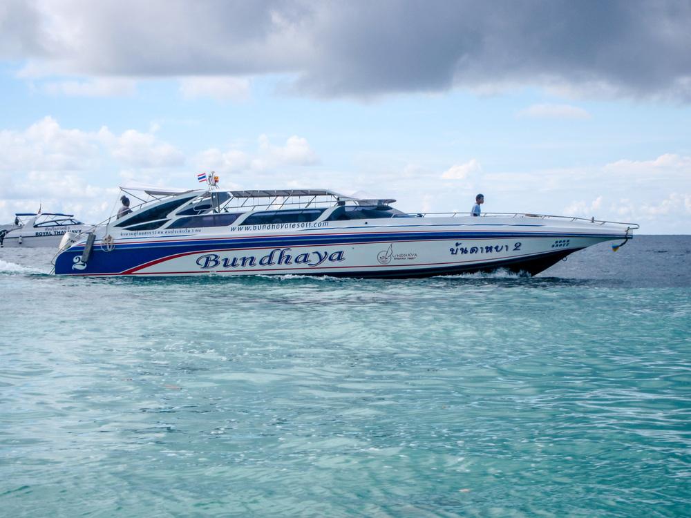 Lipe-Lanta speedboat
