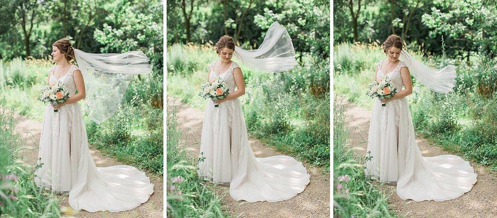 HaleyKingCo_Wedding_CarlyPeter_Wauwatosa_25.jpg
