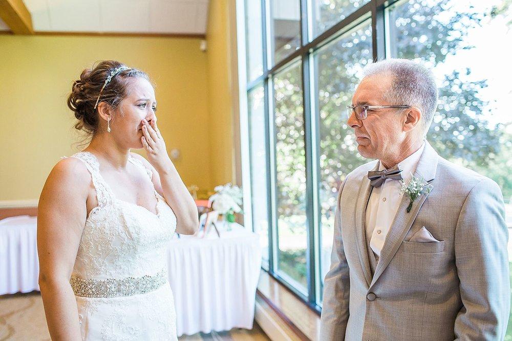 HaleyKingCo_Wedding_KelseyRyan_Milwaukee_17.jpg