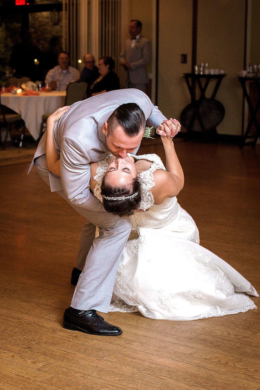 HaleyKingCo_Wedding_KelseyRyan_Milwaukee_43.jpg