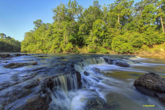 Neches waterfall.jpg