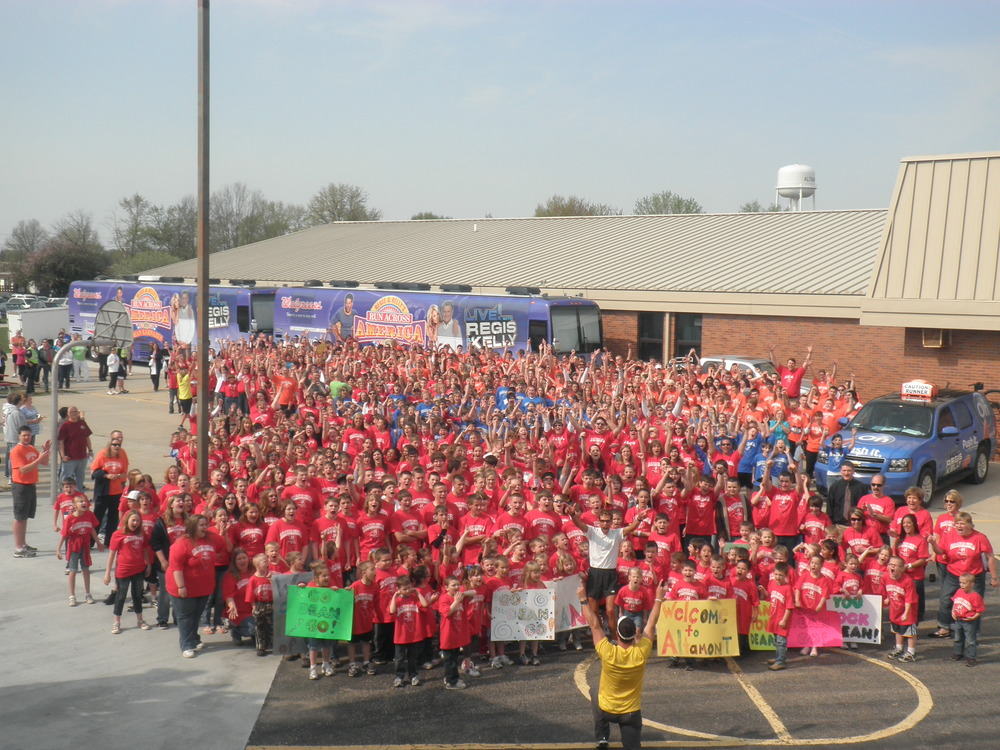 The amazing kids ofAltamont, IL that came out to run a 5k with Dean.