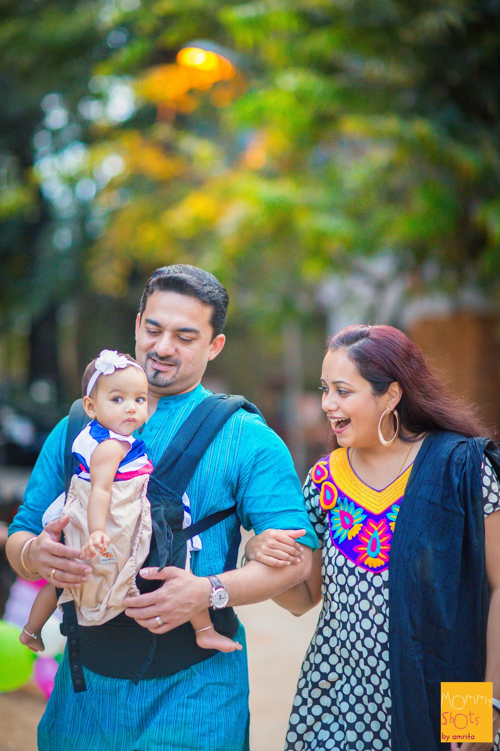 An architect mommy and a restaurateur daddy, Padmakshi spends equal amount of time with both parents through each day. Swetha and Pradeep balance their careers and lives with Padmakshi at the forefront, making each day and memory count.