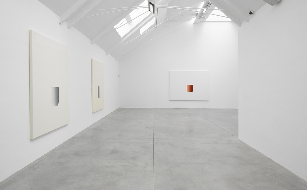 Installation view, Lee Ufan, Lisson Gallery