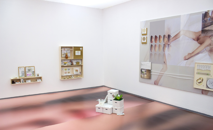 Installation view, Body ExTended, Self-Construal , Konstanet
