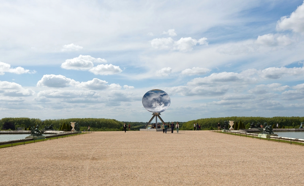 Anish Kapoor,  Sky Mirror , 2013