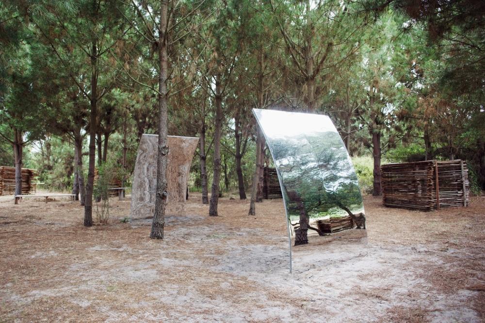 Installation view, (De)Nature , Underdogs Gallery at Com.Horta in Comporta. (Sandra Baía)