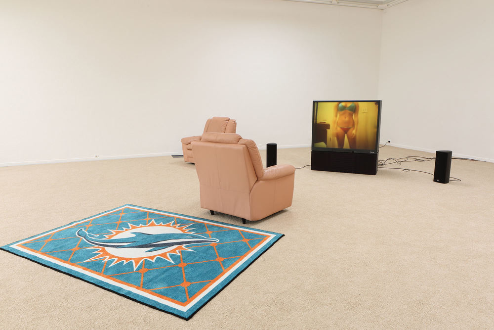 Installation view, Leo Gabin,  A Crackup at the Race Riots , Museum Dhondt-Dhaenens