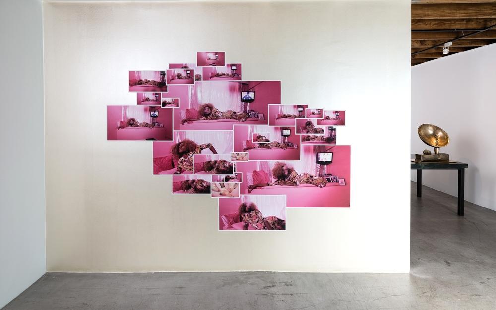 Installation view, Jen DeNike,If She Hollers, Anat Ebgi