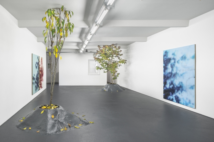 Installation view, Ivan Comas,  Days Go By , DUVE Berlin