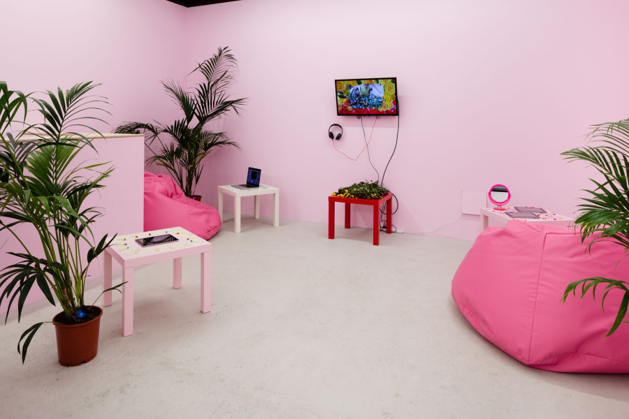 Installation view, Molly Soda, From my bedroom to yours, Annka Kultys