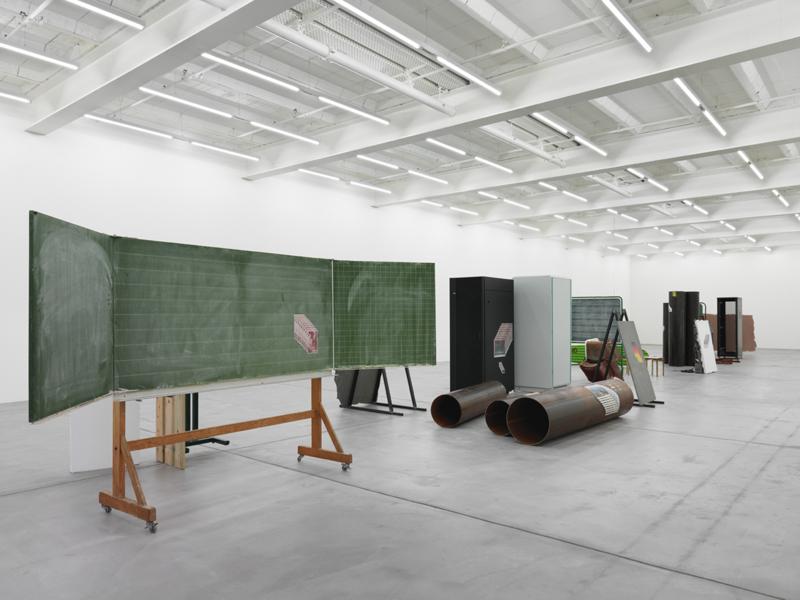 Installation view, Matias Faldbakken, Thingumbob Screens Overlaps, Galerie Eva Presenhuber