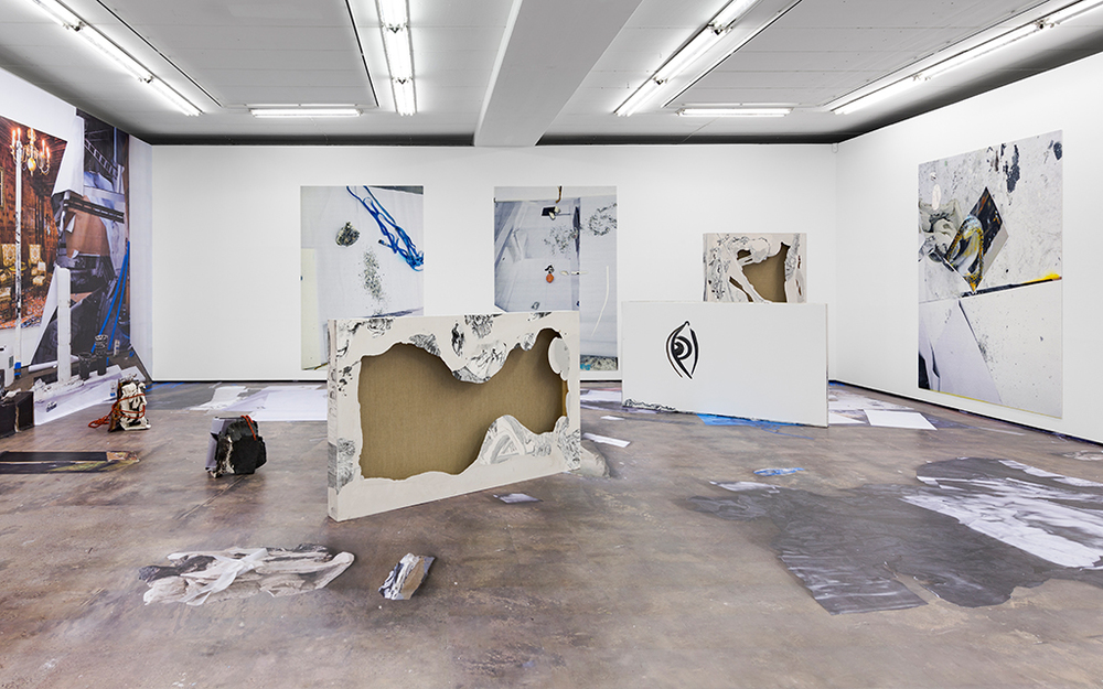 Installation view, Peles Emprie, 1 EYE 2 EYES, Wentrup Gallery