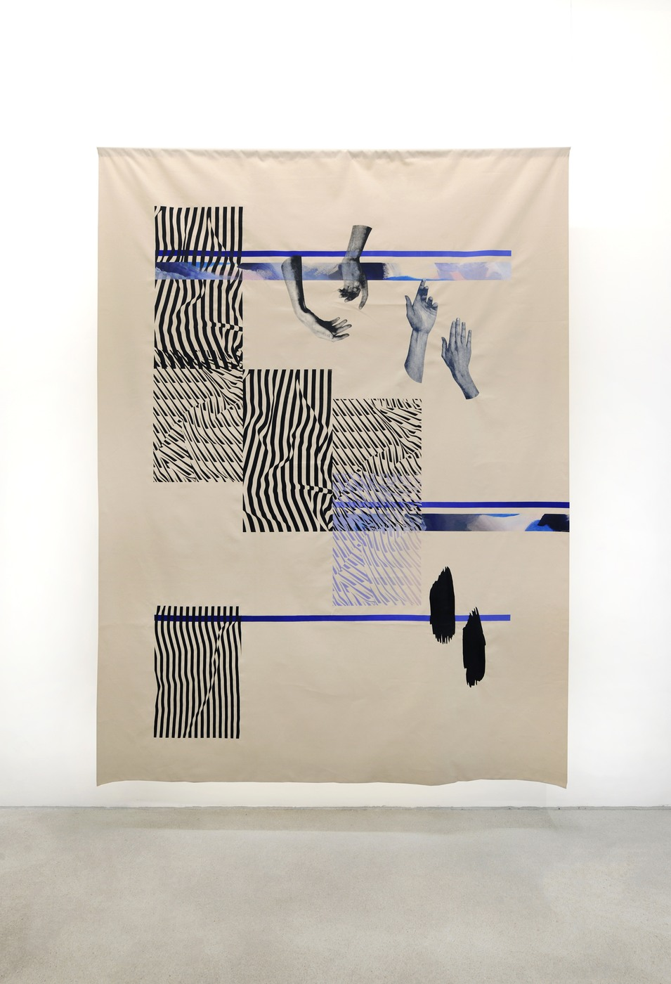 Installation view, Fay Nicolson,UN MAKE ME, Galerie Rolando Anselmi