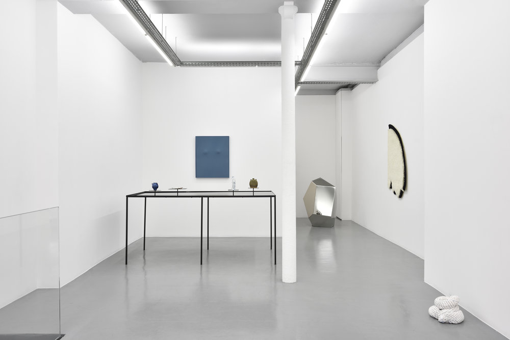 Alluring shapes, tempting spaces, 2017, installation view, Galerie Eva Meyer