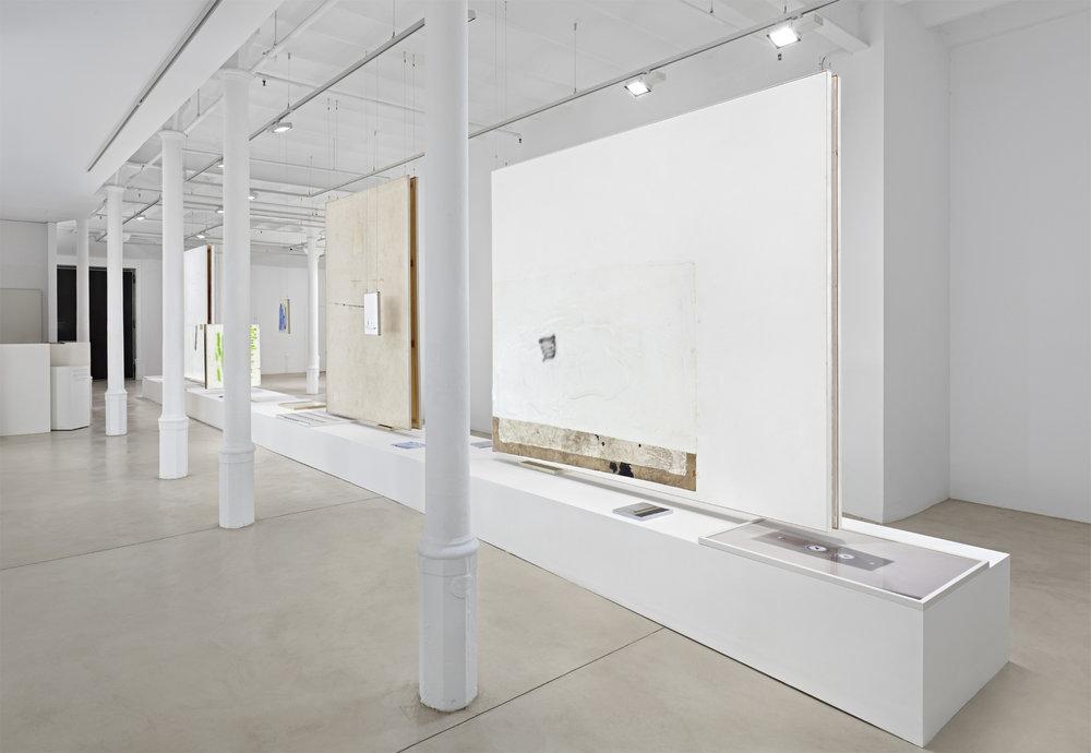 01_David-Ostrowski_Bei-mir-geht-es-in-den-Keller-hoch_Blueproject-Foundation-Barcelona.jpg