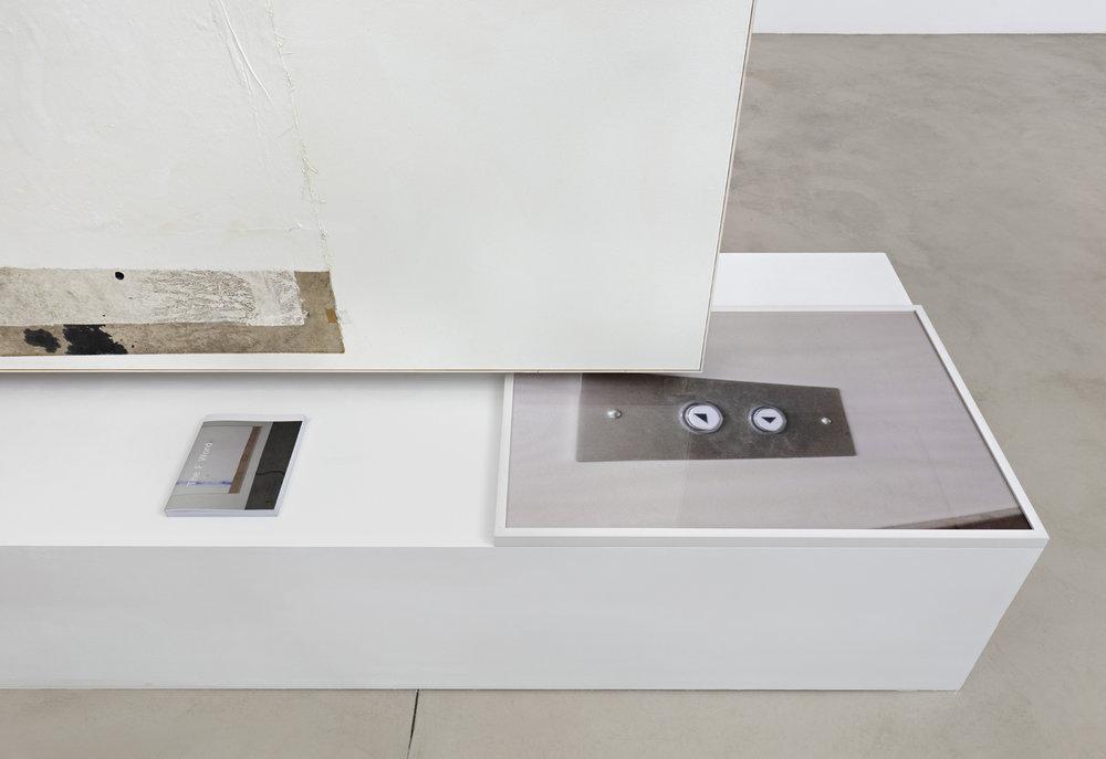 02_David-Ostrowski_Bei-mir-geht-es-in-den-Keller-hoch_Blueproject-Foundation-Barcelona.jpg