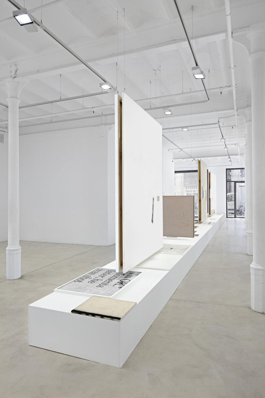 11_David-Ostrowski_Bei-mir-geht-es-in-den-Keller-hoch_Blueproject-Foundation-Barcelona.jpg