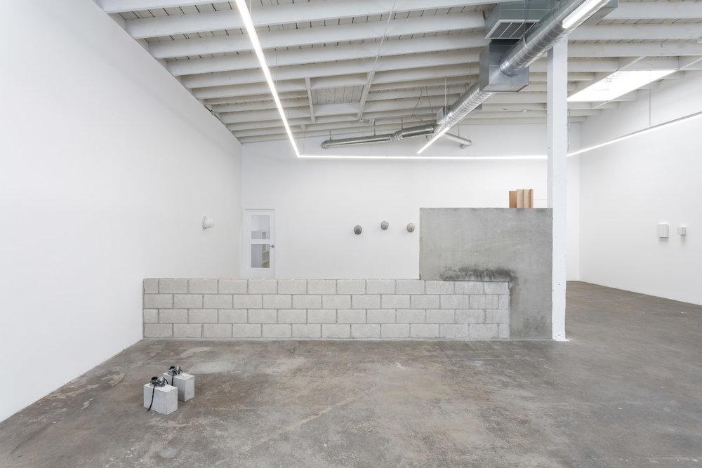 Installation view, Teresa Braula Reis, White Helmet, Baert Gallery
