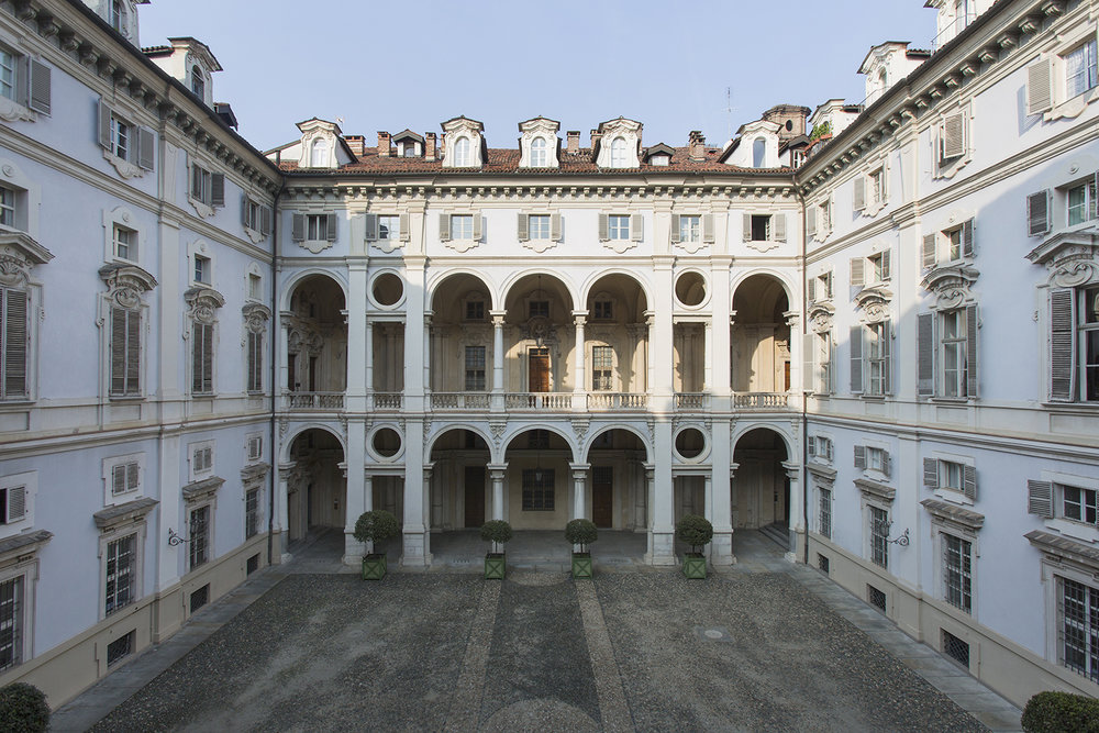 DAMA_courtyard.jpg