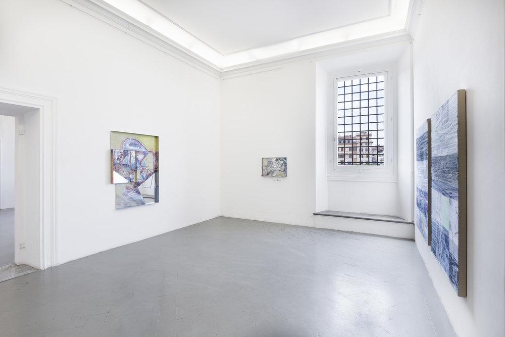 Sara barker_Margo Wolowiec_Exhibition view.jpg