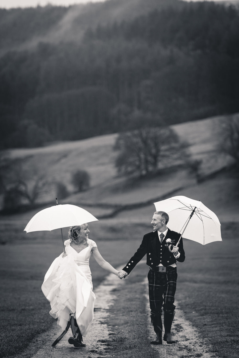 devonshire-fell-wedding-photographer-5.jpg