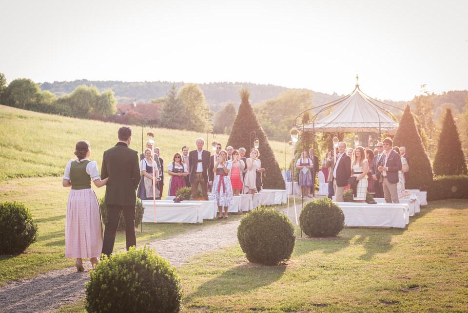 austria-SCHLOSS-OBERMAYERHOFEN-destination-wedding-photographer-7.jpg