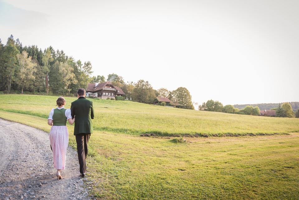 austria-SCHLOSS-OBERMAYERHOFEN-destination-wedding-photographer-12.jpg