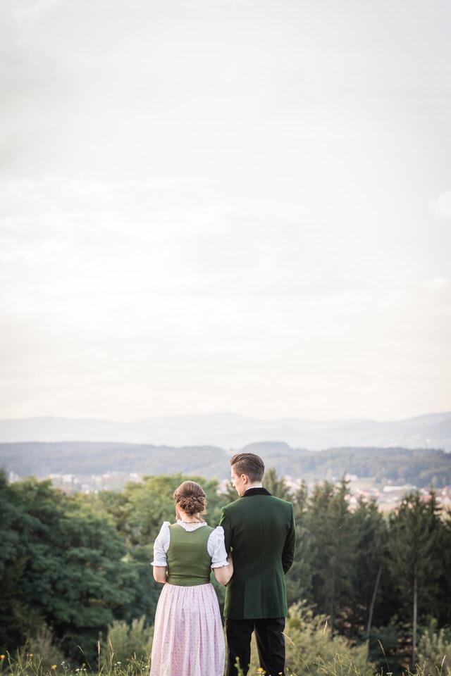 austria-SCHLOSS-OBERMAYERHOFEN-destination-wedding-photographer-17.jpg