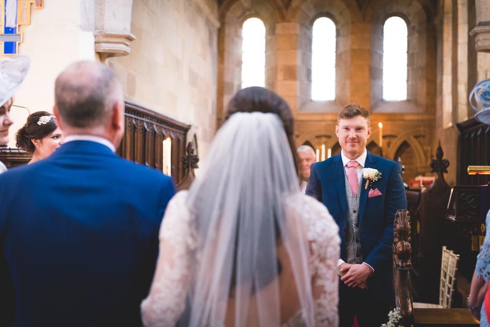 the-yorkshire-wedding-barn-leeds-wedding-photographer-19.jpg