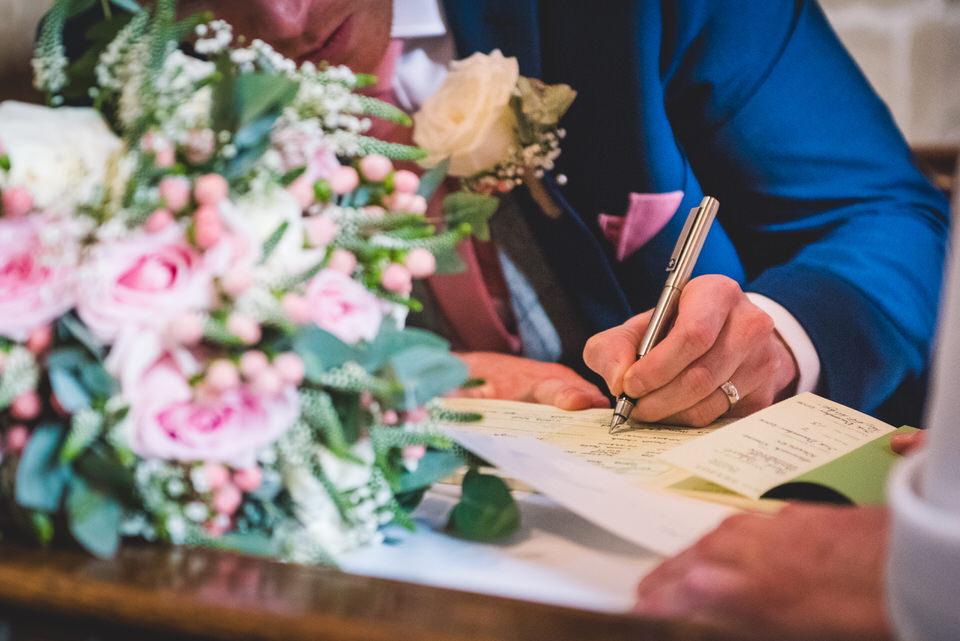 the-yorkshire-wedding-barn-leeds-wedding-photographer-24.jpg
