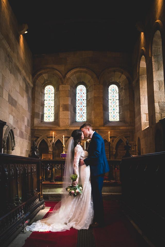 the-yorkshire-wedding-barn-leeds-wedding-photographer-27.jpg