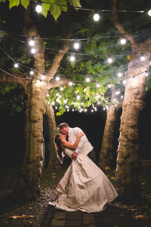 grays-court-wedding-photographer-16.jpg