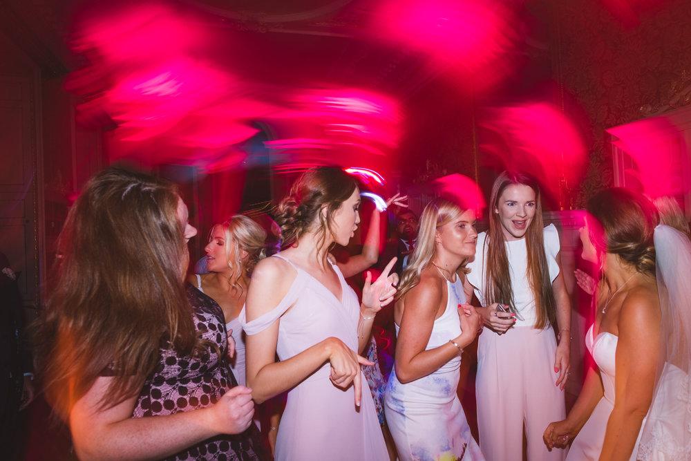 wentworth-woodhous-yorkshire-wedding-photographer-125.jpg