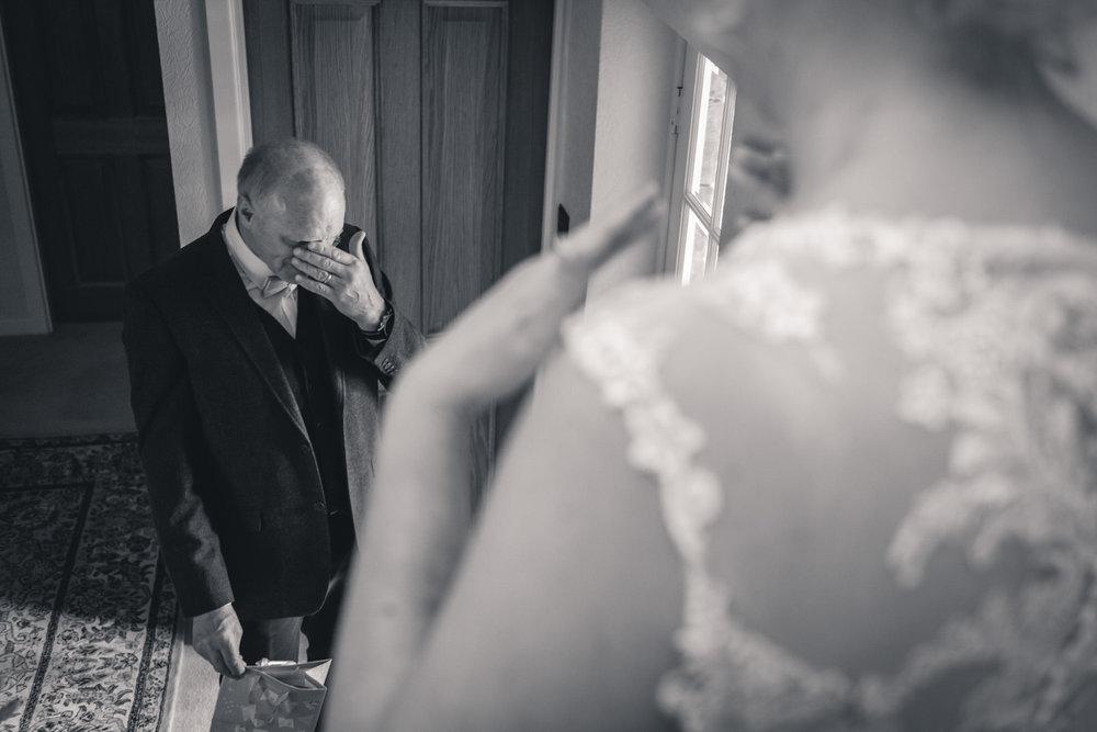 leeds-yorkshire-wedding-photographer-candid-emothion 2.jpg