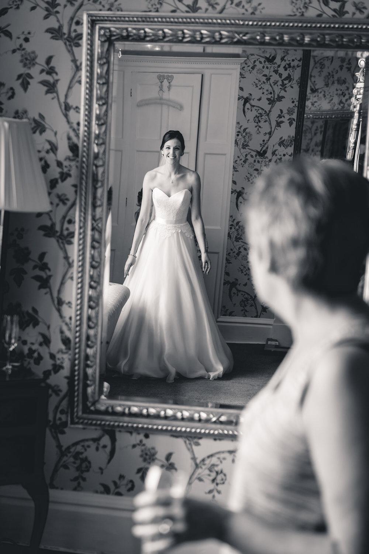 leeds-yorkshire-wedding-photographer-candid-emothion 3.jpg