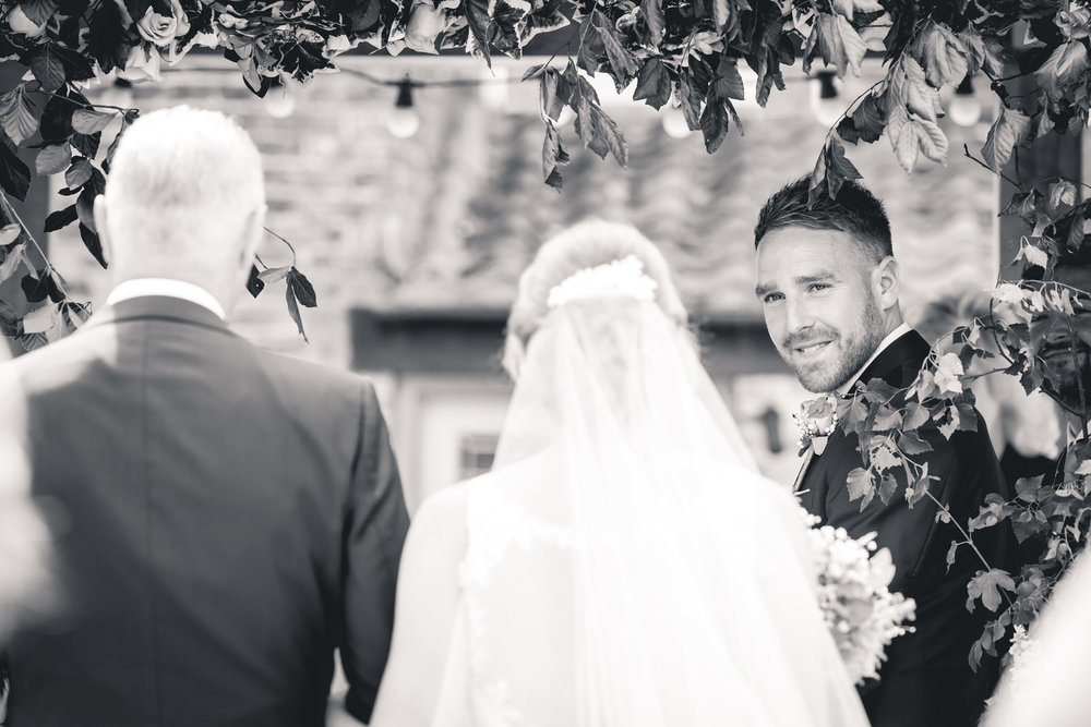 leeds-yorkshire-wedding-photographer-candid-emothion 12.jpg