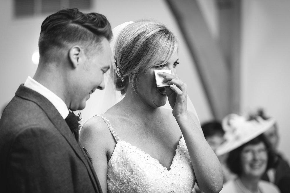 leeds-yorkshire-wedding-photographer-candid-emothion 15.jpg