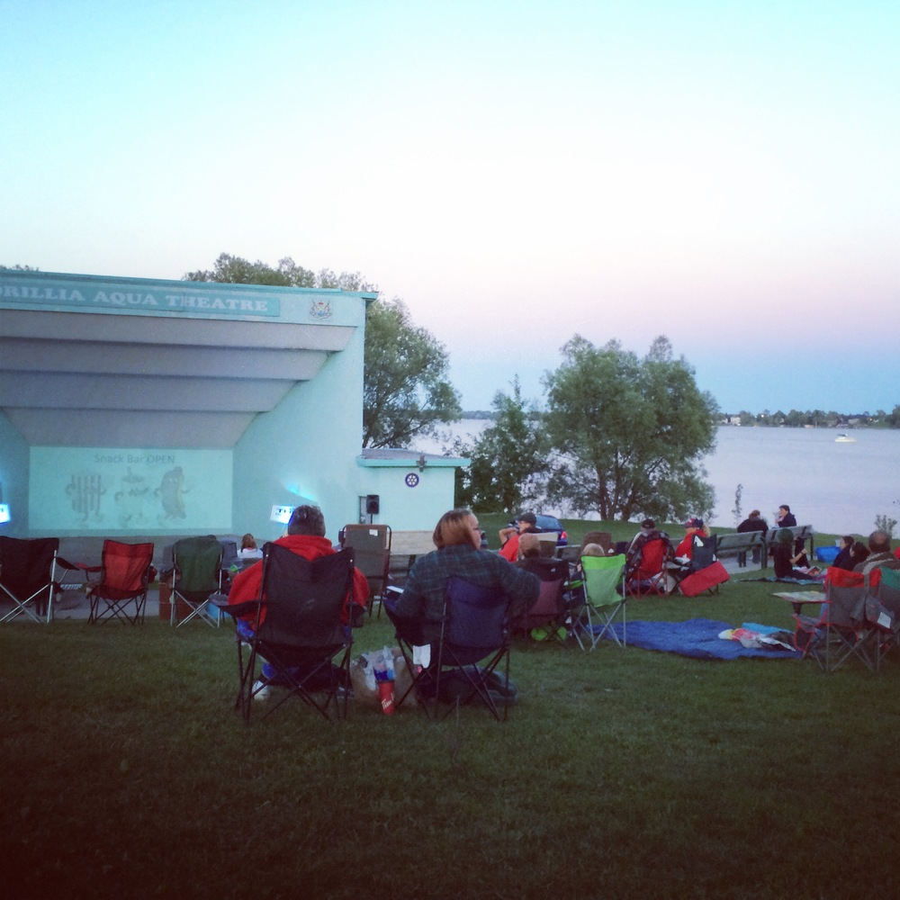 The Orillia Aqua Theatre is located on Couchiching Beach! What better place to watch Jaws than right on the waterfront!