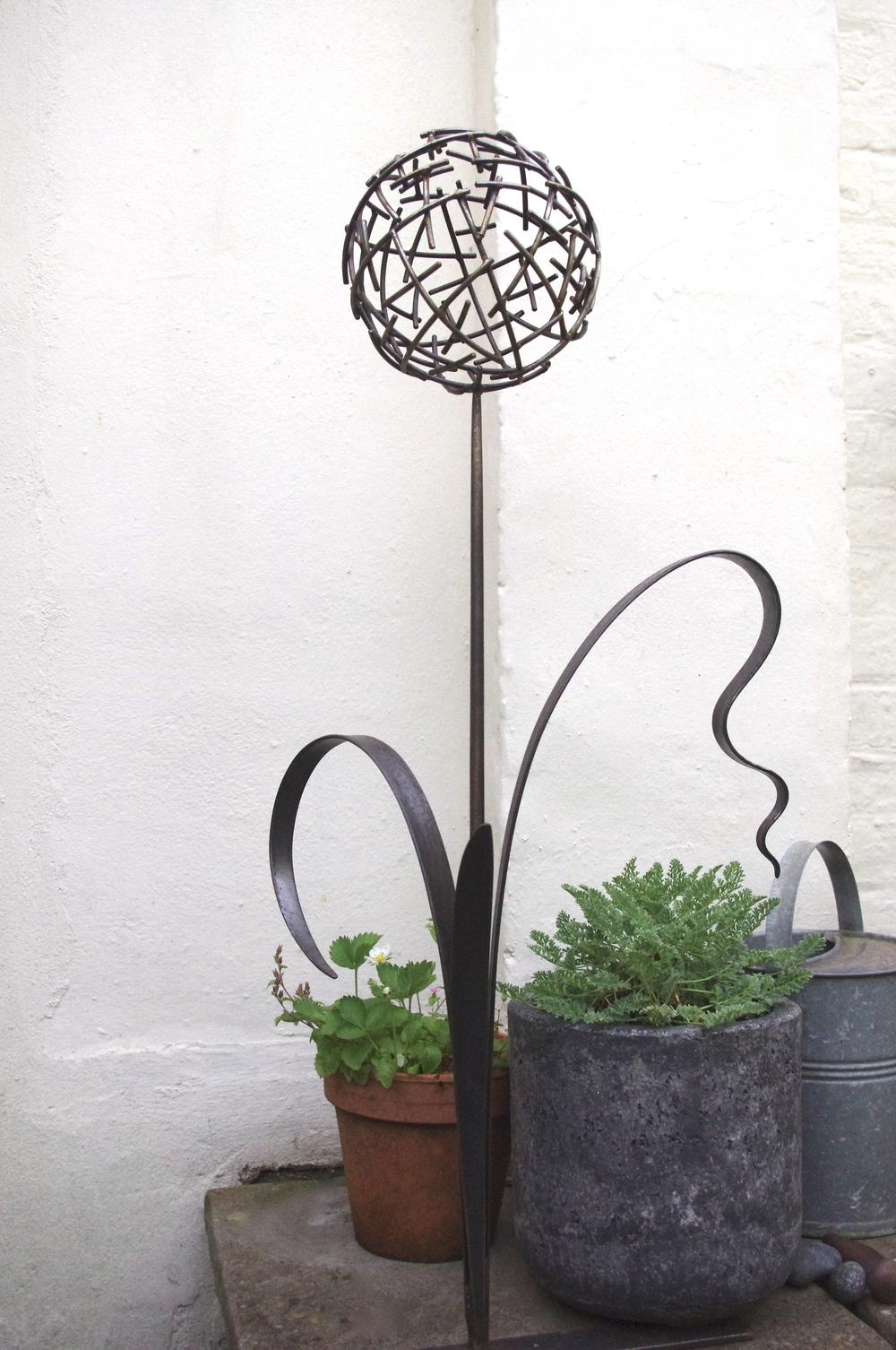 Allium Sculpture