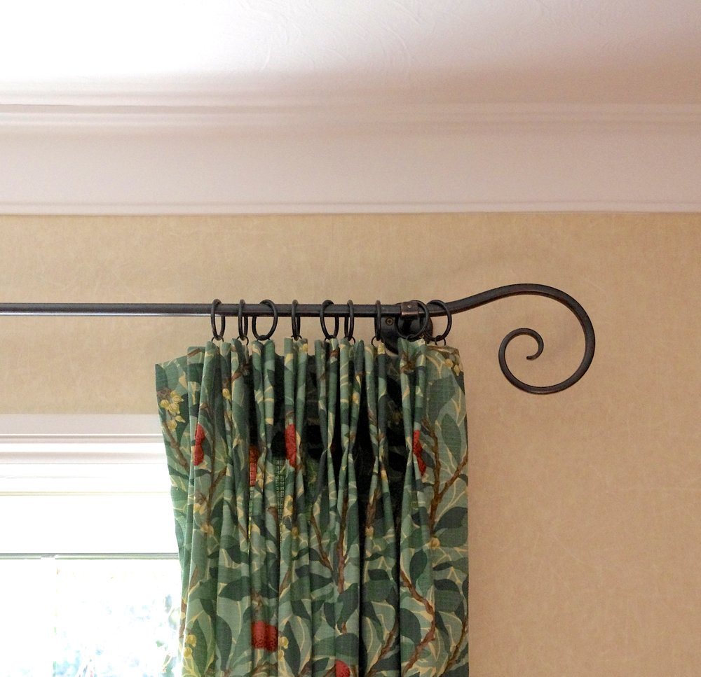 Scroll Curtain Pole